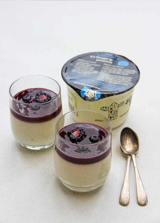 Fi's yoghurt panna cotta
